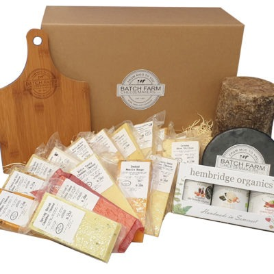 """Cheesemaker's Selection """"The Ultimate Cheese Lover"""""""